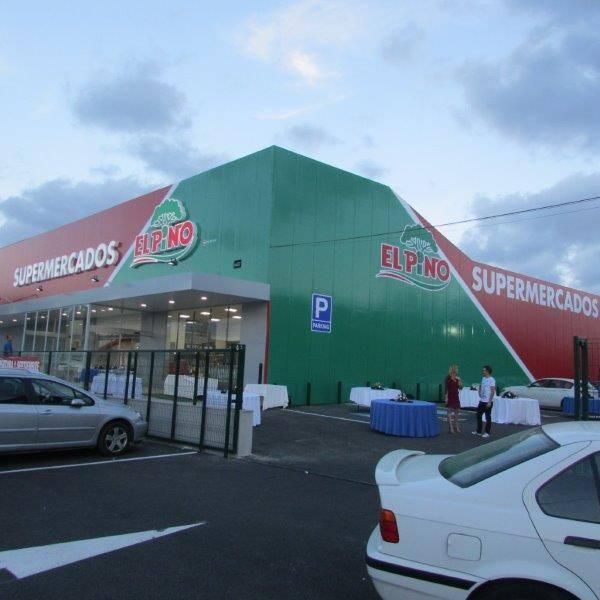 Vista lateral reforma supermercado Murcia